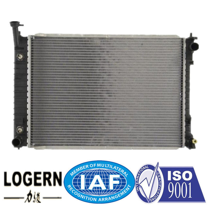 Cross Flow FORD Car Radiator Used In  Mercury Villager / Nissan Quest 99-02